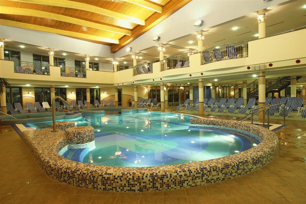 KAROS SPA - Zalakaros - Vnitřní zážitkový bazén